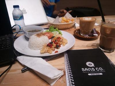 Sans Co  Café- Co Working Space-  Ide Mengalir Deras, Tugas Menjadi Tuntas
