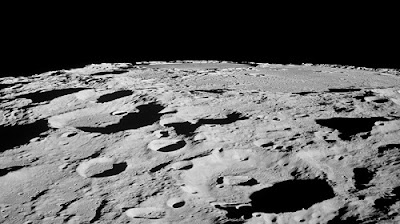 pictures-of-the-surface-of-the-moon