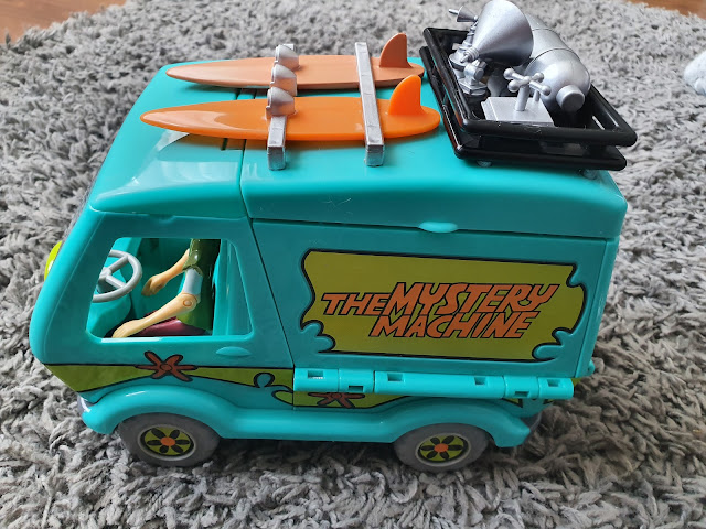 mystery machine side view