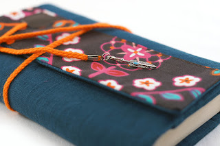 protège livre lin turquoise tissu fleuri fait main