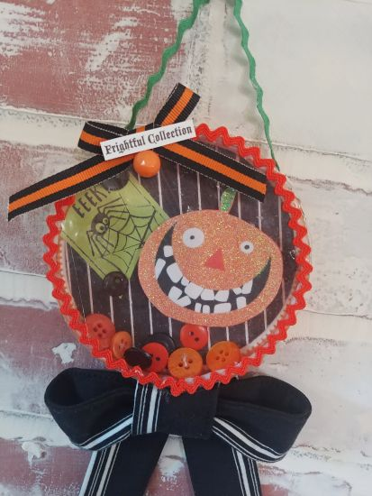 Halloween Ornaments From Recycled Ice Cream Lids