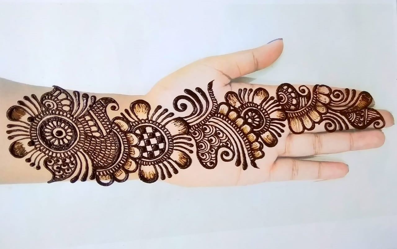 latest-mehndi-designs-for-eid-2020
