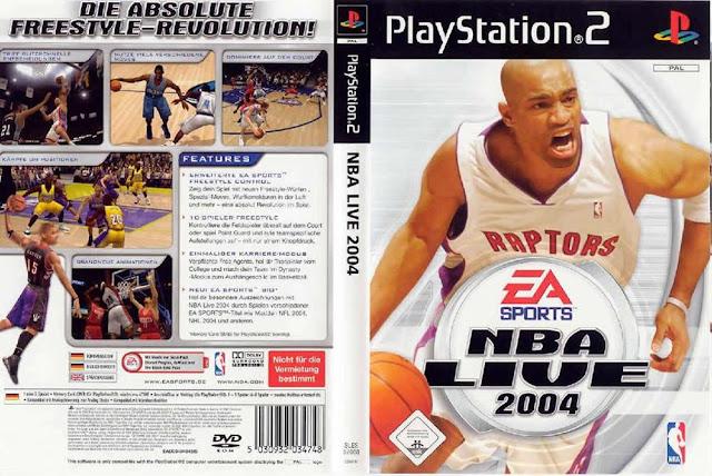 Descargar NBA Live 2004 ps2 iso NTSC-PAL: La cubierta cuenta con Vince Carter como miembro de los Raptors de Toronto y en España copias de NBA Live 2004, que cuenta con Raul Lopez. El juego fue desarrollado por EA Sports y lanzado en 2003. El juego es similar a la gráfica de la NCAA March Madness 2004 y tiene los mismos modelos Crear un jugador.