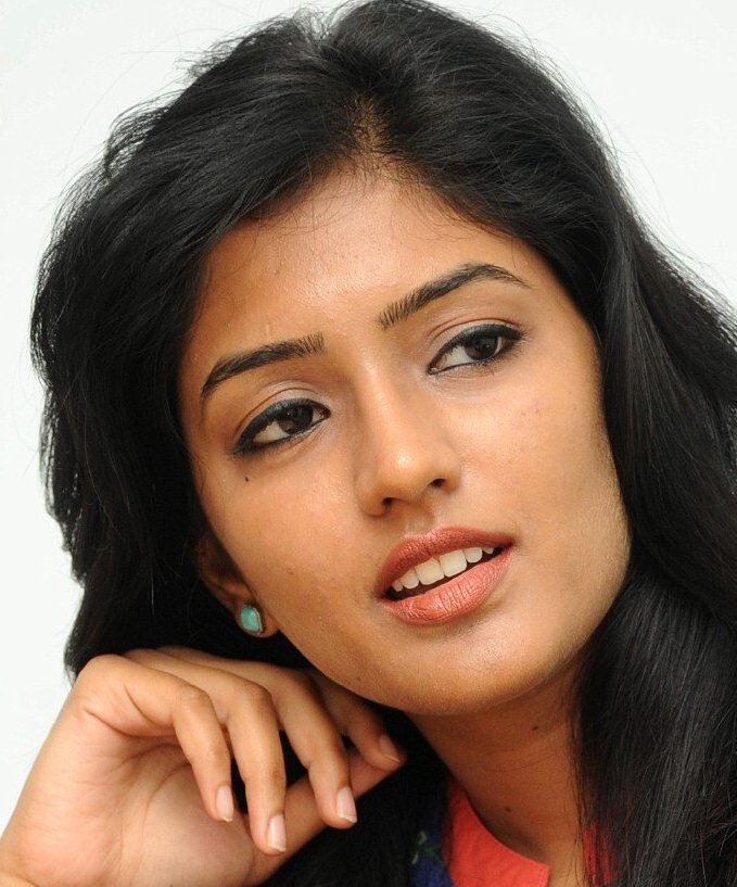 Beautiful Hyderabadi Girl Eesha Rebba Oily Face Close Up Stills