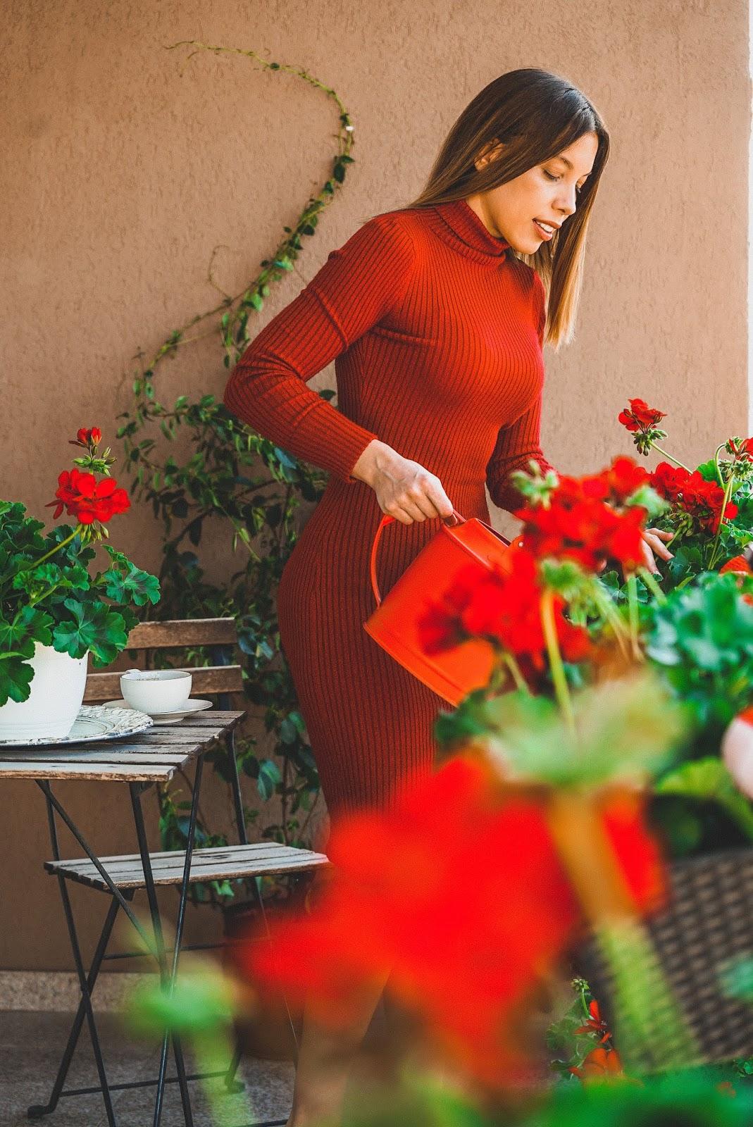Un infinit de săruturi cu venin pe trup de femeie. Vindecă-le cu o floare! – Deverra