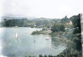 beberapa kapal dan danau toba