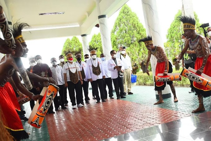 Excitement Menyambut Presiden PKS datang ke Jayapura Papua