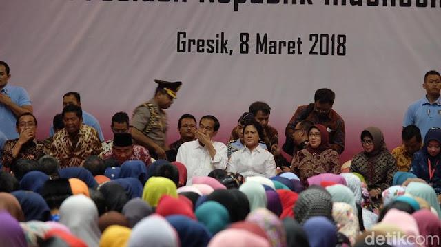 Romantisnya Jokowi Ucapkan Hari Perempuan ke Iriana