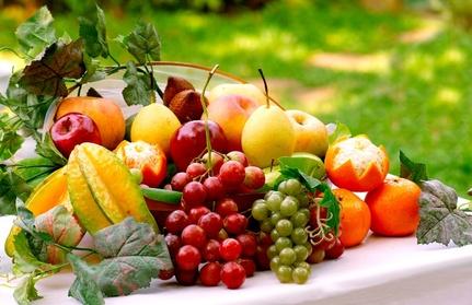 anda yakin kenikmatan buah di syurga jauh berbeda? baca ini