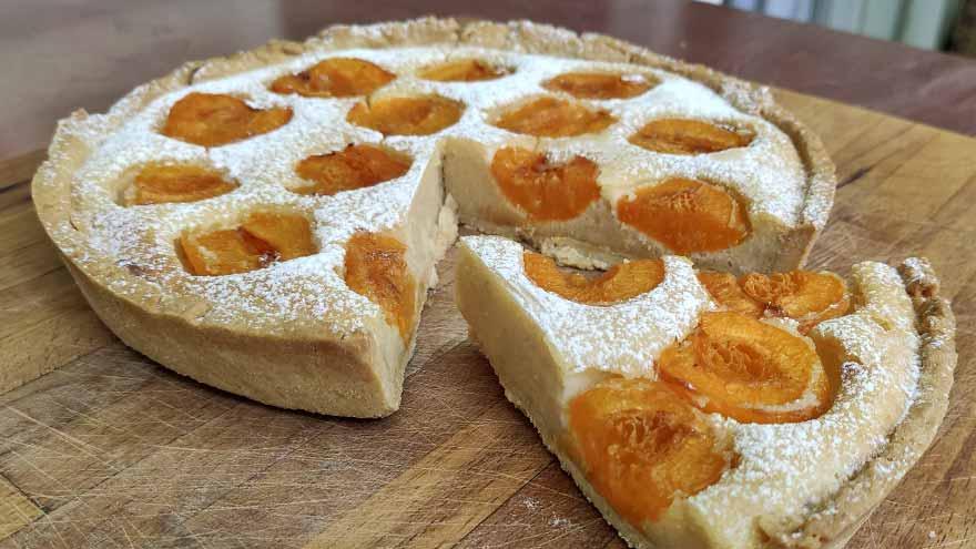 Tarta de alemendra y albaricoques