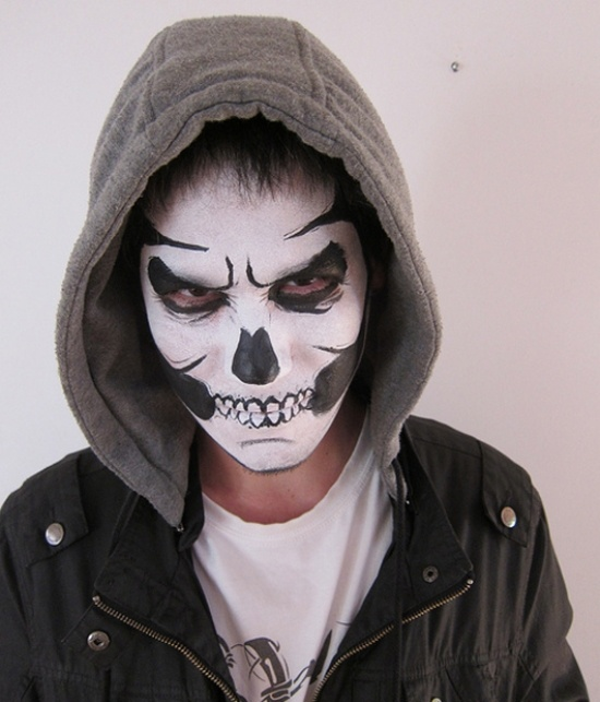 Happy Halloween Day: 28 Halloween Makeup Ideas For Men
