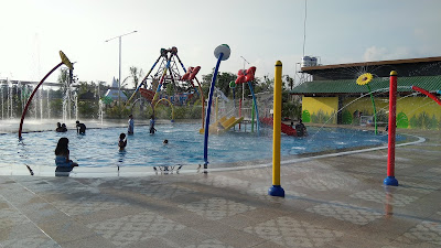 Kolam Renang Anak Wisata Blitar Park