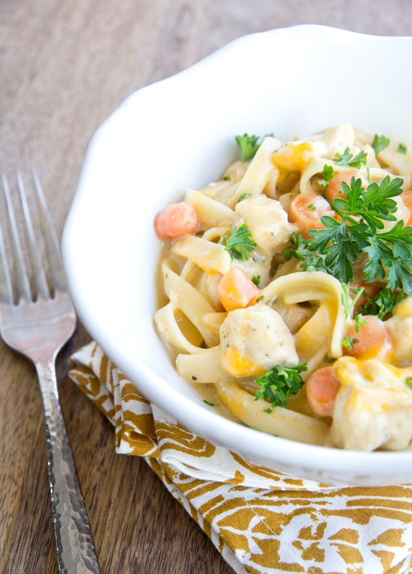 ONE POT CREAMY CHICKEN AND NOODLES RECIPE