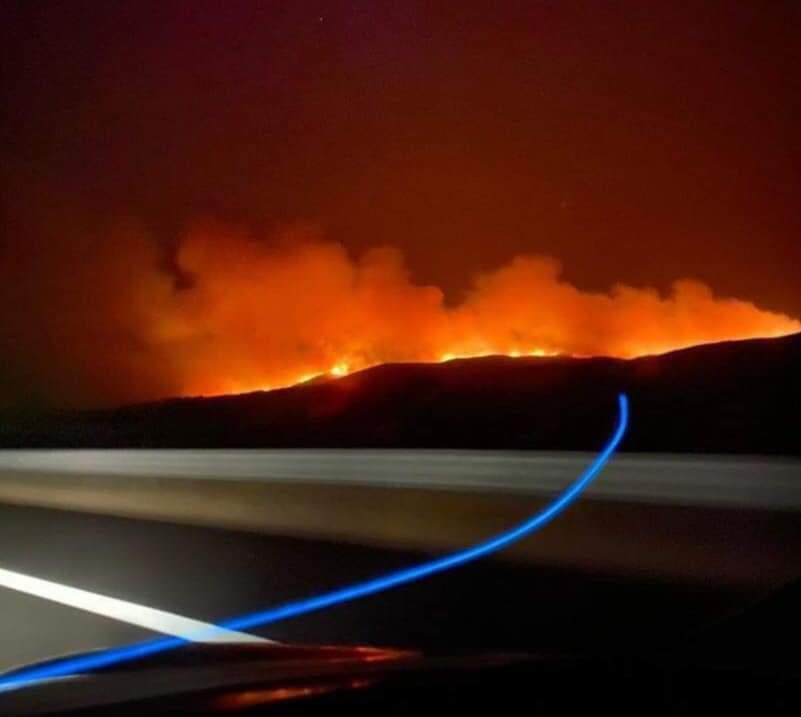 Μεγάλη φωτιά στον Έβρο: Πύρινο μέτωπο τριών χιλιομέτρων