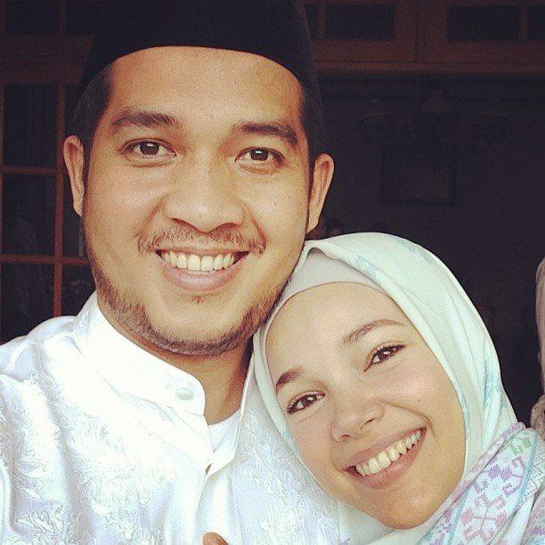 Artis Cantik Indonesia Yang Menikah Dengan Pria Kaya