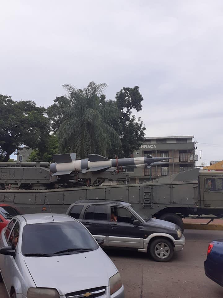 FRONTERA: Ejercicios militares discretos en frontera venezolana por Apure con Colombia y   equipos bélicos pasaron por San Fernando para zonas fronterizas del municipio Pedro Camejo en entidad llanera.