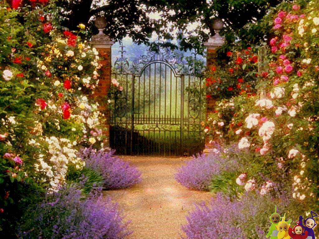 The commonty beyond the garden gate - Garden screensavers free ...