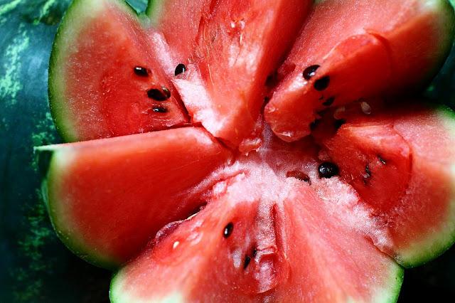 Мягкая арбузная диета: разгружаем ЖКТ, выводим соли и лишнюю воду