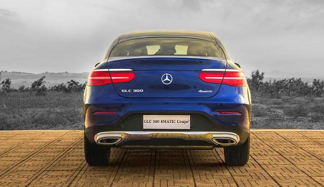 Đuôi xe Mercedes GLC 300 4MATIC Coupe 2019 thiết kế lôi cuốn với những đường cong mềm mại