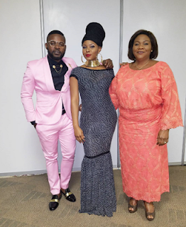 Yemi Alade and mum