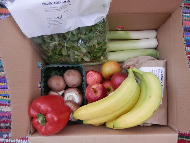 Review - Abel and Cole organic veg boxes. From UK vegan blogger secondhandsusie.blogspot.com #abelandcole #organicvegbox #vegboxreview