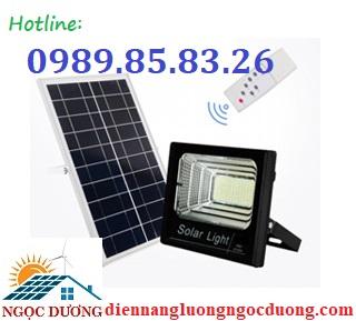 Đèn LED Pha Năng Lượng Mặt Trời 300W,đèn sân vườn năng lượng mặt trời, đèn pha 3 NK-SL01-300W