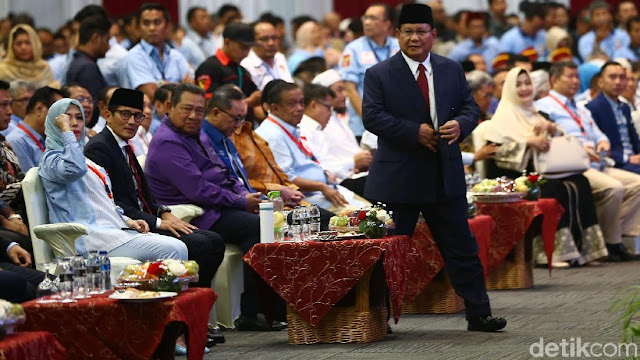 Pidato 'Indonesia Menang' Berakhir, Prabowo Tak Bicara Kemungkinan Mundur