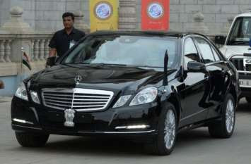 This is the major reason behind not having any number plate on the Indian President's car.