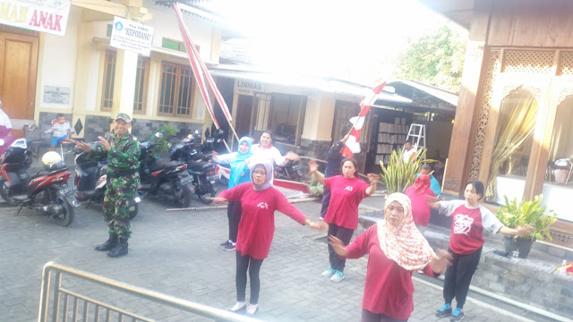 Healthy Living Culture, Serka Sugiyono Invites Morning Gymnastics Residents