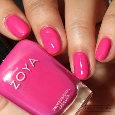 Nail polish swatch and review of Zoya Kelsey from the Winter 2017 Party Girls collection