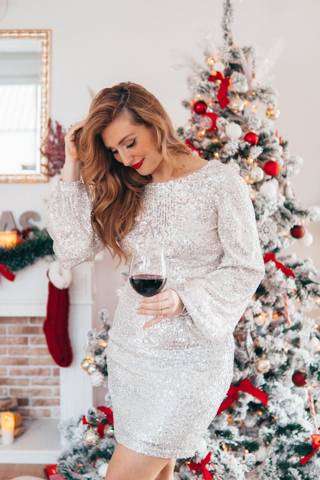 NAKD Paillettenkleid Weihnachtliches Outfit. Angesagter Trend