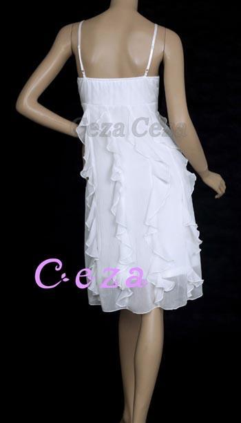 38780518b657 Flott kort kjole med mange fine detaljer. - Ikke justerbare stretch  spaghetti skulderstropper. - Elastikk i ryggen sikrer en perfekt passform.