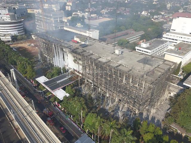 Kebakaran di Gedung Kejaksaan Agung RI Berhasil Dipadamkan