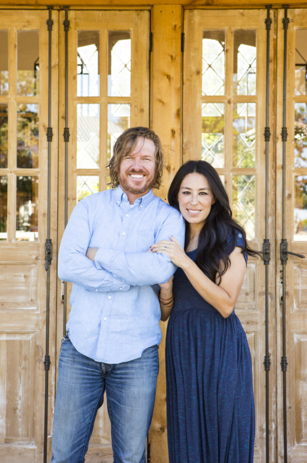 ciao newport beach joanna gaines 39 new she shed. Black Bedroom Furniture Sets. Home Design Ideas