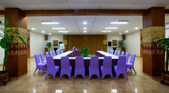 Ruang Seminar di Bandung Utara Isola Resort Setiabudi
