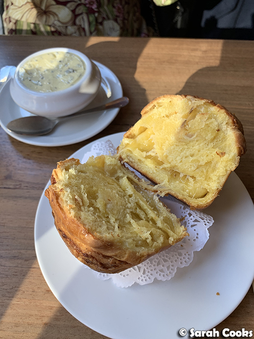 Fluffy comté brioche with sage butter