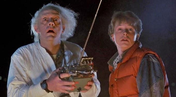 ¿Qué misterioso anuncio sobre Regreso al Futuro insinúa Michael J. Fox?