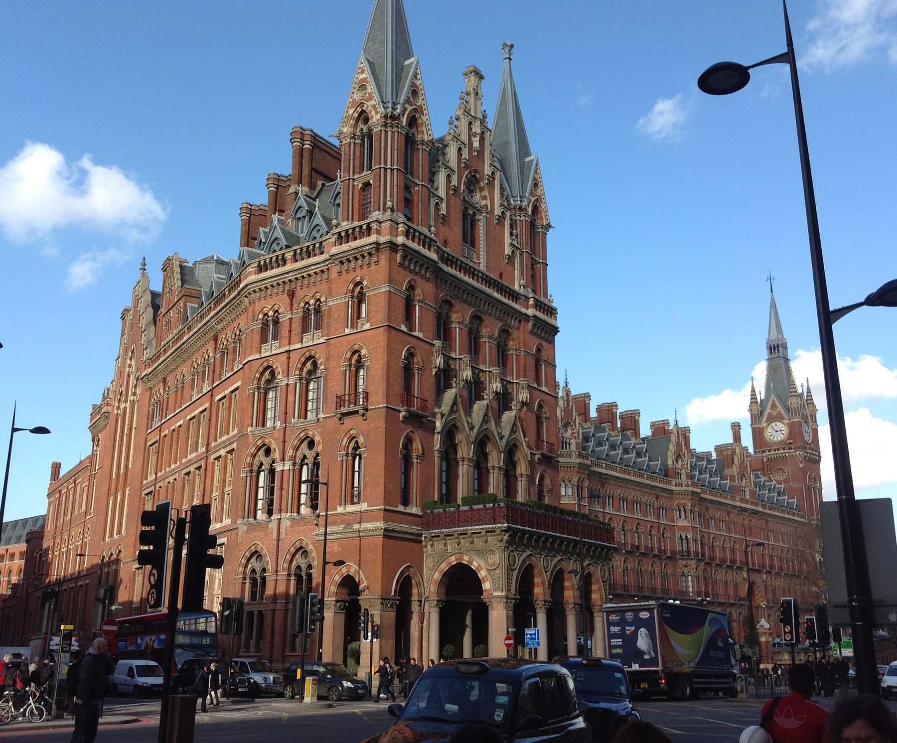 10 Lindas Estações de Trem, St. Pancras, Londres
