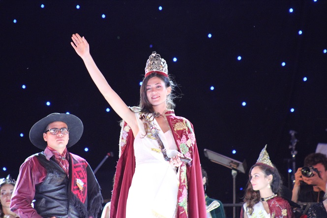 Hace un año Juliana Miller era coronada reina de la Vendimia de San Rafael