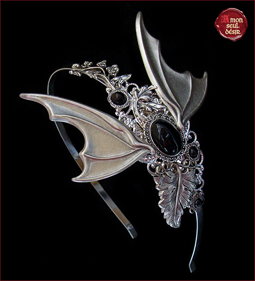 chauve souris bijoux serre tete ailes gothique noir vampirella halloween bat headdress blanck wings headband gothic goth style dracula vampire jewelry