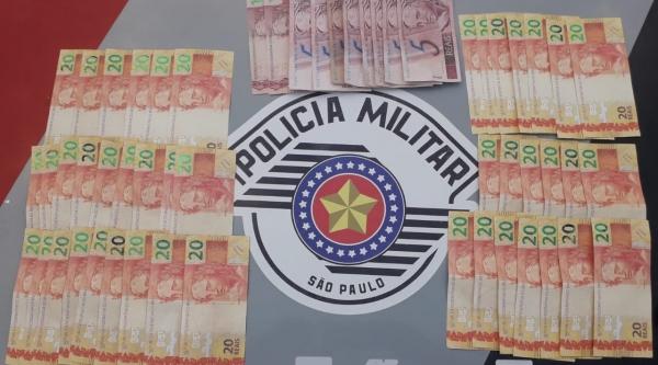 Homem é preso pela PM com dinheiro falso em Adamantina