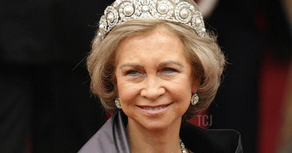 The Daily Diadem: Queen Ena's Pearl And Diamond Tiara