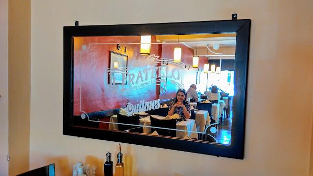 Espelho no restaurante Il Fratello.