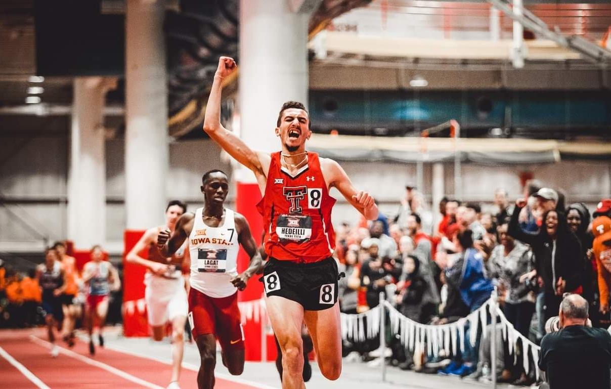 هديلي يحطم الرقم القياسي الوطني لسباق 800 متر داخل القاعة