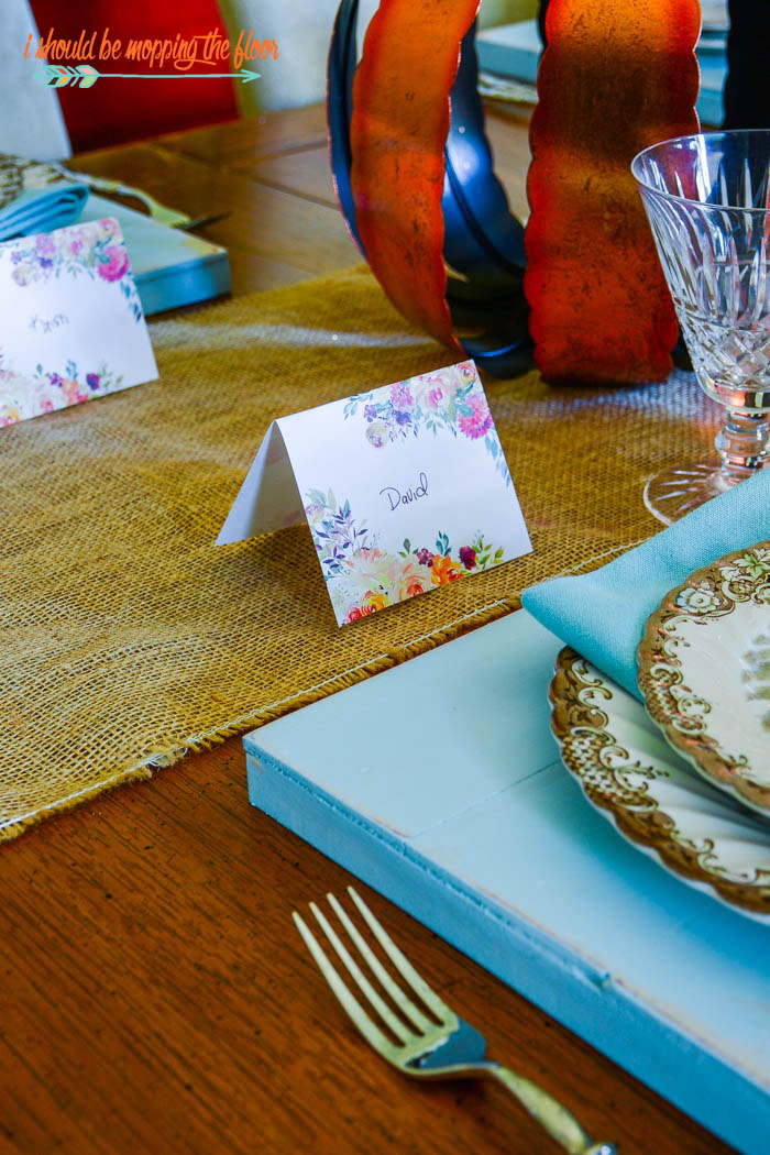 DIY Shiplap Plate Chargers | Make these plate chargers to dress up any dining room table.
