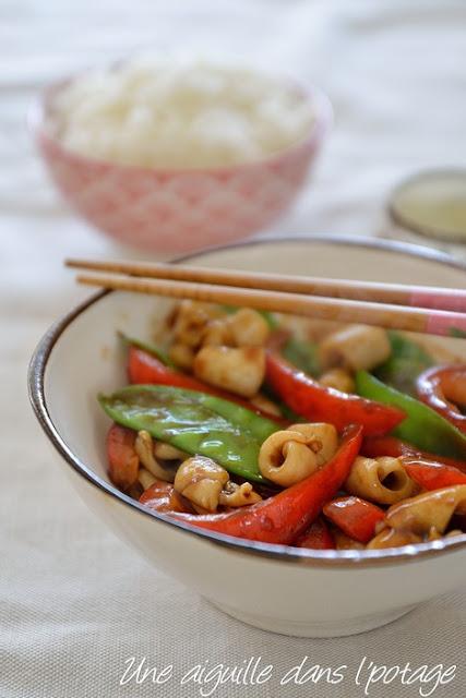 Calamar poêlé aux petits légumes /wok/cuisine asiatique