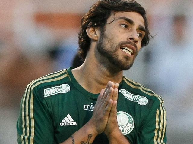 Palmeiras perdeu a ação judicial para Valdivia. Segundo informações ff5fdbe086390