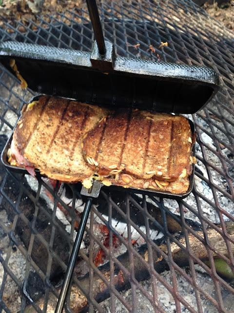 tosti uit de pie iron