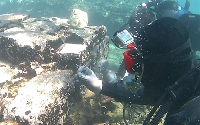 Greece, Italy collaborate to preserve ancient villa in sea bottom