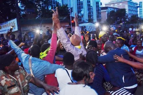 Le coup d'État en Guinée libère des dizaines de prisonniers opposés au régime d'Alpha Condé